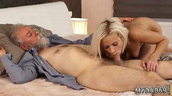 dad wakes daugther up Brandi love fucks the delivery guy