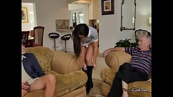 teen iet nam Boys jerk off pool