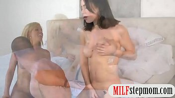 caughts mom daughter her fucking Anal oral in hd