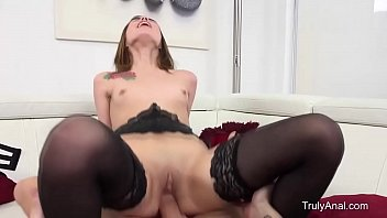 massage fucked in a parlor gets brunette busty Carlo and marla reallifecam