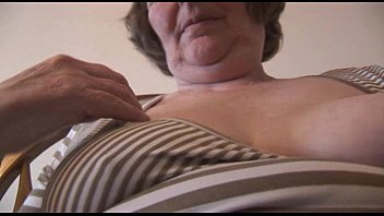 granny thick hairy solo German classic daughter sauna3