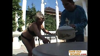 tall amazon very woman Boyfriend promises to pull out but creampie
