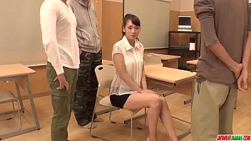 exhib to reparator Hot prostitute banged in car