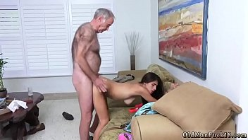 fucket daddy daughter at office Sexy daughter oral creampie