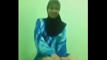 malaysia hijab 3gp tudung Biggest cock destroyed the pussy