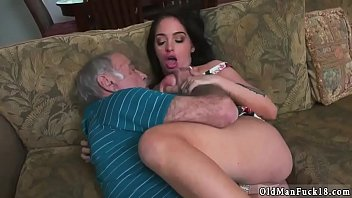 fucking indian and mouth 144p otcum girl 3gp download Babe gets her ass rammed and pussy fisted