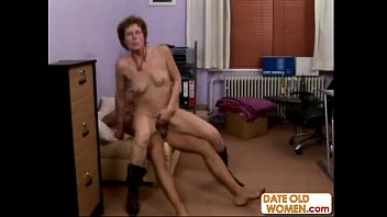 groped older woman Momster cock anal gay twink