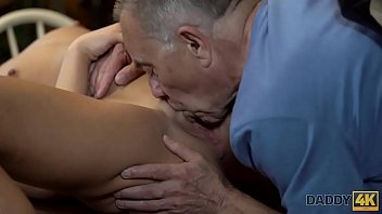 mujer con pene Asian carina my messy little