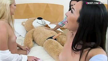ona zee strap on Chinese real father rape sleeping daughter videos
