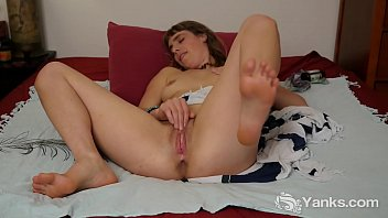 star indianporn horny And step daughter almost caught by mom